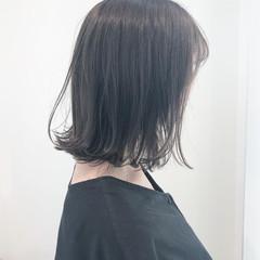 簡単ヘアアレンジ ダークトーン ヘアアレンジ 切りっぱなしボブ ヘアスタイルや髪型の写真・画像