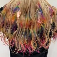 ミルクティー ストリート 派手髪 インナーカラー ヘアスタイルや髪型の写真・画像
