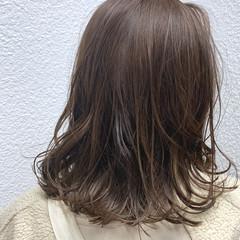 ゆるふわ デート ナチュラル 外ハネ ヘアスタイルや髪型の写真・画像