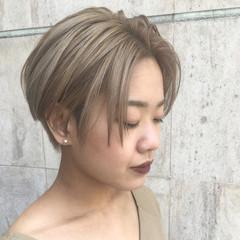 大人かわいい かき上げ前髪 ダブルカラー ストリート ヘアスタイルや髪型の写真・画像