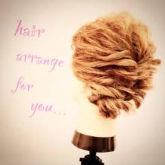 ウェーブ 三つ編み ストリート 編み込み ヘアスタイルや髪型の写真・画像