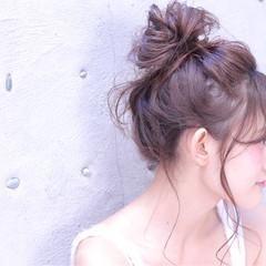 メッシーバン お団子 大人かわいい 簡単ヘアアレンジ ヘアスタイルや髪型の写真・画像