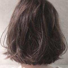 ボブ グレー ナチュラル かわいい ヘアスタイルや髪型の写真・画像
