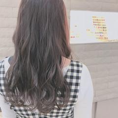 ラベンダーピンク アッシュ セミロング フェミニン ヘアスタイルや髪型の写真・画像