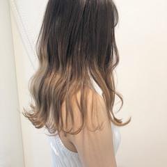 ハイトーン エフォートレス ストリート ロング ヘアスタイルや髪型の写真・画像
