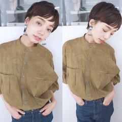 ショート 大人かわいい オン眉 ナチュラル ヘアスタイルや髪型の写真・画像
