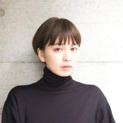 似合わせ グレージュ 外国人風カラー 小顔 ヘアスタイルや髪型の写真・画像