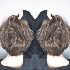 外国人風 グレージュ ナチュラル ハイライト ヘアスタイルや髪型の写真・画像