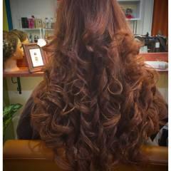卵型 巻き髪 ナチュラル エクステ ヘアスタイルや髪型の写真・画像