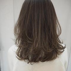 透明感カラー セミロング 大人ハイライト レイヤーカット ヘアスタイルや髪型の写真・画像