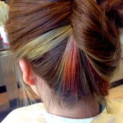 オレンジ アッシュ ピンク レッド ヘアスタイルや髪型の写真・画像