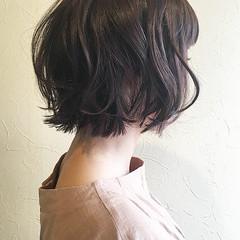 簡単スタイリング ボブ フェミニン デート ヘアスタイルや髪型の写真・画像