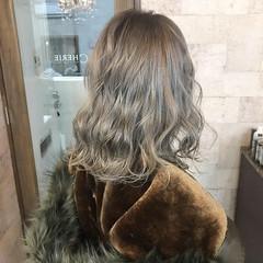 成人式 外国人風カラー グレージュ モード ヘアスタイルや髪型の写真・画像