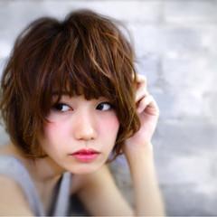 ストリート パーマ レイヤーカット ショート ヘアスタイルや髪型の写真・画像