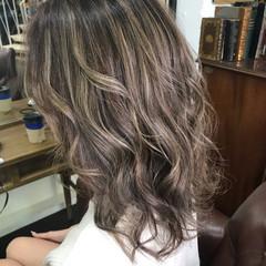 上品 ブラウン ベージュ ナチュラル ヘアスタイルや髪型の写真・画像