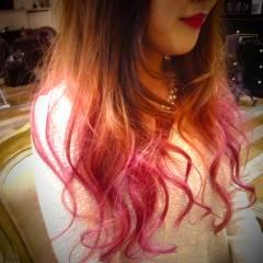 ストリート ピンク 外国人風カラー レッド ヘアスタイルや髪型の写真・画像
