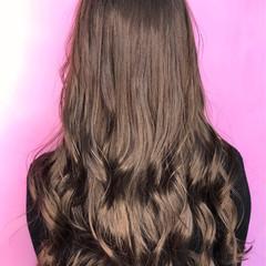 アッシュグレージュ グレージュ グレーアッシュ ガーリー ヘアスタイルや髪型の写真・画像