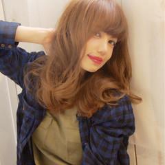 大人かわいい ナチュラル ミディアム フェミニン ヘアスタイルや髪型の写真・画像