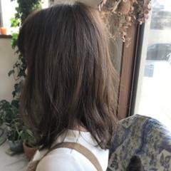 ウェーブ アンニュイ ゆるふわ ミディアム ヘアスタイルや髪型の写真・画像
