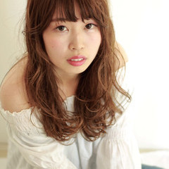 ロング 大人かわいい ゆるふわ フェミニン ヘアスタイルや髪型の写真・画像