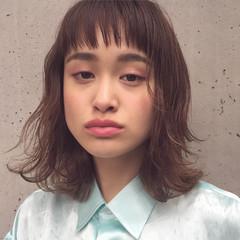 暗髪 前髪あり 外国人風 ハイライト ヘアスタイルや髪型の写真・画像