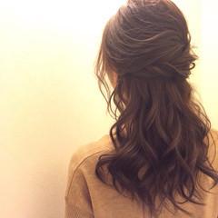 ハーフアップ アップスタイル ヘアアレンジ ナチュラル ヘアスタイルや髪型の写真・画像
