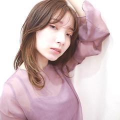 フェミニン インナーカラー 透明感カラー ブリーチ ヘアスタイルや髪型の写真・画像