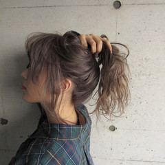 ゆるふわ 金髪 ヘアアレンジ ハイトーン ヘアスタイルや髪型の写真・画像