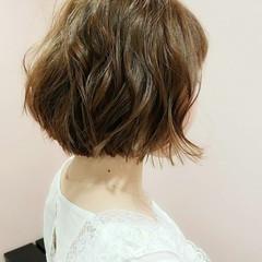ボブ パーマ リラックス デート ヘアスタイルや髪型の写真・画像