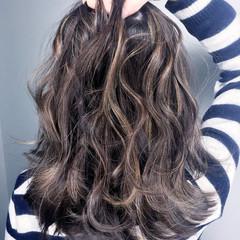 ハイライト ナチュラル セミロング グラデーションカラー ヘアスタイルや髪型の写真・画像