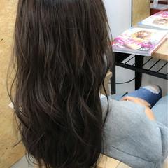 セミロング グレージュ ブルージュ ナチュラル ヘアスタイルや髪型の写真・画像