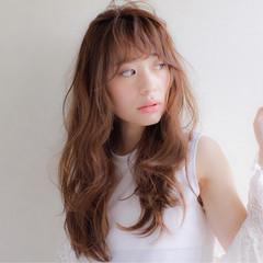 外国人風 ブラウン フェミニン ロング ヘアスタイルや髪型の写真・画像