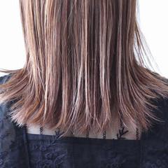パープル グレージュ コントラストハイライト ハイライト ヘアスタイルや髪型の写真・画像