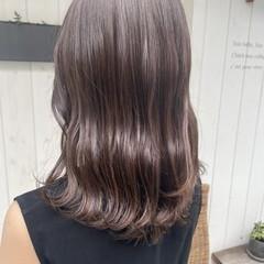 ミディアム 大人可愛い レットバイオレット レッドカラー ヘアスタイルや髪型の写真・画像