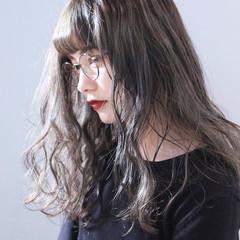 ミルクティーベージュ 大人女子 ミルクティーアッシュ 大人かわいい ヘアスタイルや髪型の写真・画像