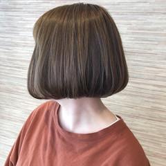 イルミナカラー 切りっぱなしボブ ミニボブ ナチュラル ヘアスタイルや髪型の写真・画像