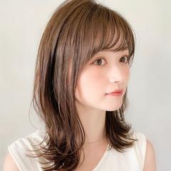 大人かわいい アウトドア ナチュラル インナーカラー ヘアスタイルや髪型の写真・画像