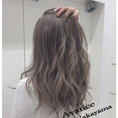 アッシュ ストリート ロング ハイライト ヘアスタイルや髪型の写真・画像
