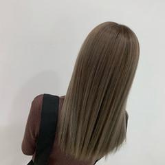 ミルクティー N.オイル コテ巻き ミルクティーベージュ ヘアスタイルや髪型の写真・画像