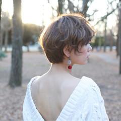 ショート 大人女子 アッシュ こなれ感 ヘアスタイルや髪型の写真・画像