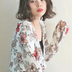 ウェーブ パーマ ボブ フェミニン ヘアスタイルや髪型の写真・画像