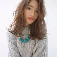 愛され ウェーブ コンサバ モテ髪 ヘアスタイルや髪型の写真・画像