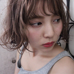 ウェーブ ニュアンス アンニュイ ボブ ヘアスタイルや髪型の写真・画像