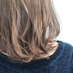 ナチュラル イルミナカラー ヘアカラー ミディアム ヘアスタイルや髪型の写真・画像