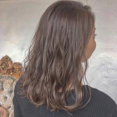 ゆるふわ 透明感 大人かわいい ナチュラル ヘアスタイルや髪型の写真・画像