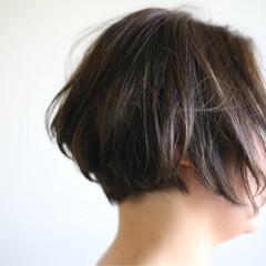 ヘアアレンジ 前下がり ショート くせ毛風 ヘアスタイルや髪型の写真・画像