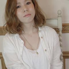 ミディアム アッシュ ハイライト 大人かわいい ヘアスタイルや髪型の写真・画像