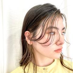 ブリーチ ナチュラル 透明感カラー アッシュグレージュ ヘアスタイルや髪型の写真・画像