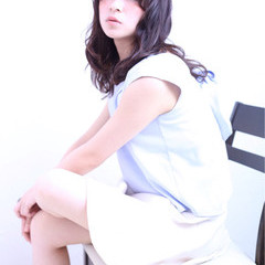 セミロング ゆるふわ ピュア 色気 ヘアスタイルや髪型の写真・画像