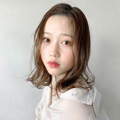 結婚式ヘアアレンジ 圧倒的透明感 インナーカラーシルバー 外国人風カラー ヘアスタイルや髪型の写真・画像